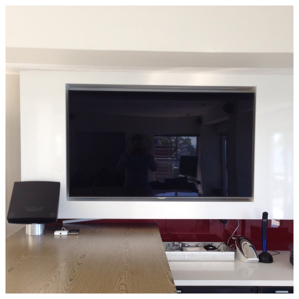 "Samsung 55"" LED in the Bar Recess"
