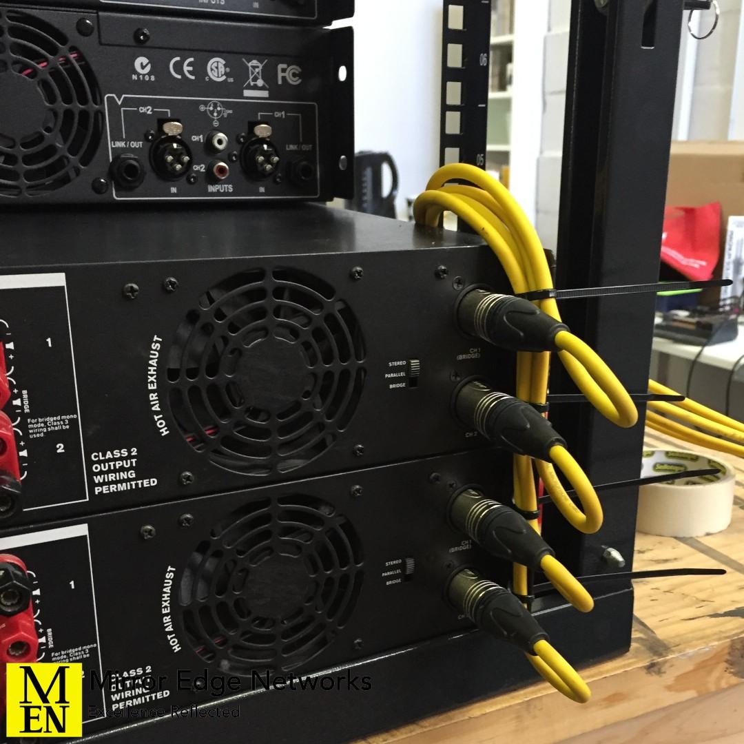 restaurant amplifier rack 036